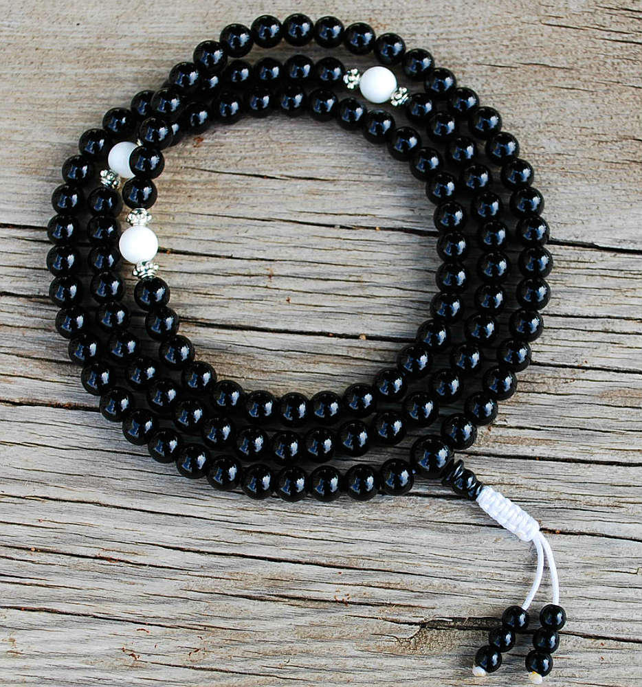 8mm Onyx & White Jade Mala
