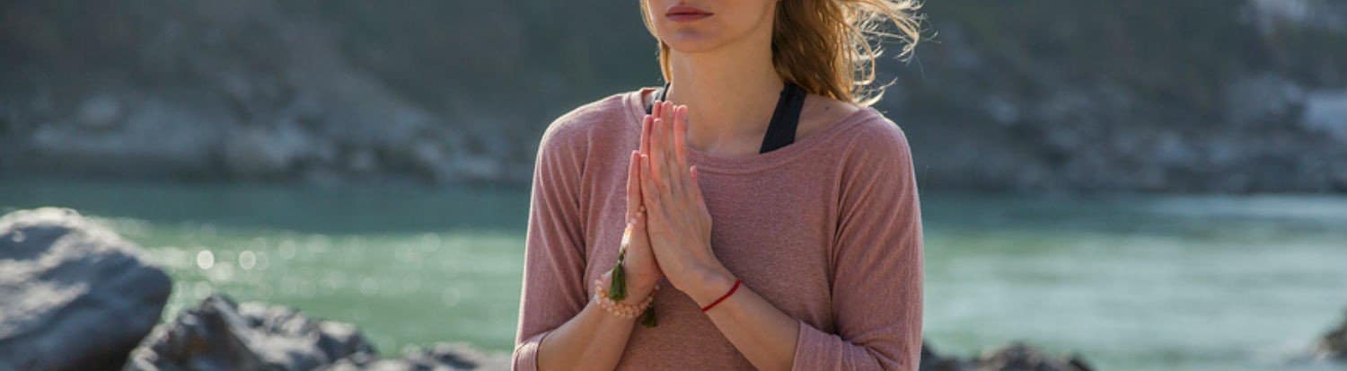 buddhist prayer beads meditation